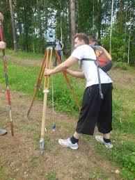Учебные и производственные практики Студенты группы ГН 13 на учебной геодезической практике
