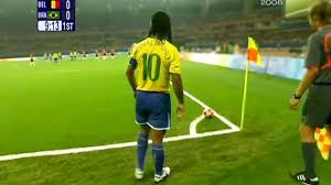 10 Ronaldinho Goals That Are IMPOSSIBLE to Repeat! - YouTube