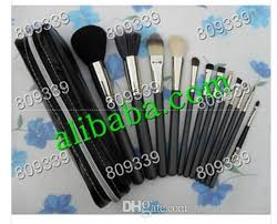 2016 new good quality lowest best selling good makeup brush set pouch professional brush eyeshadow palettes makeup artists from steamedbread