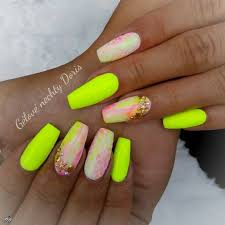 77 Stunning Yellow Neon Nail Art Designs And Ideas Page 20 Tiger