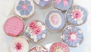 Rozs Beautiful Cakes Marriage Meander