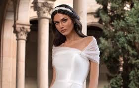 Содержание стильные прически для невесты с челкой в 2021 красивые свадебные прически 2021 с фатой Svadebnye Pricheski 2021 Trendy Idei I Foto Stilnyh Lukov