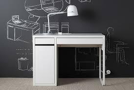 Children's desk & chairs ...