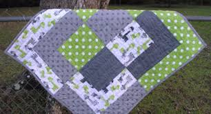 Bento Box Baby Quilt Size Up For Quick and Easy – Quilting Cubby & Giraffe fabric baby quilt Bento box Adamdwight.com