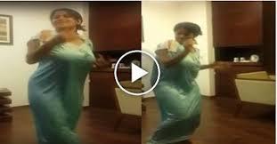 Tip tip barsa paani mixmovie : Awesome Indian Girl Dance In Nightie Entertainment Jalandher Entertainment Funny Videos Joke English Songs
