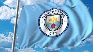 Wellenartig Bewegende Flagge Mit Manchester City Fußballmannschaft Logo.  Editorial 3D-Rendering Lizenzfreie Fotos, Bilder Und Stock Fotografie.  Image 81254258.