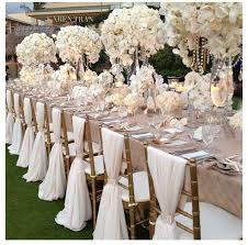 simple chair covers but stunning table decorations finditforweddings com