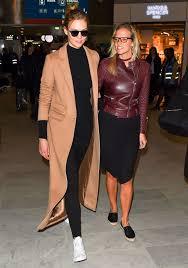 Karlie Kloss With Her Sister Kimberley ...