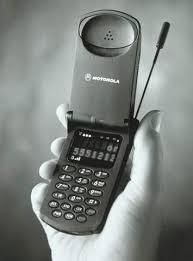 motorola 2 way pager. motorola launched the \u201ciden i1000plus\u201d cell phone, first phone integrated with digital telephone, two way wireless radio, alphanumeric pager, 2 pager