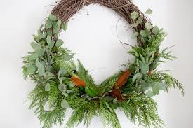 ... wreath. howtomakeanaturalchristmaswreath-8