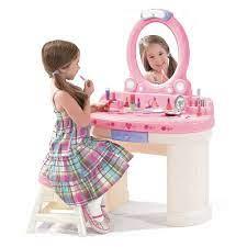 Phương pháp chọn đồ chơi cho bé gái phù hợp