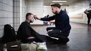 If You're Homeless, This London Stylist Will Give You A Free ...