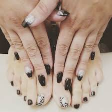 I love gel nails, coffin shaped, and nail art! They are perfection ...