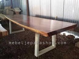 Meja Trembesi Panjang Kaki Besi Wood Table
