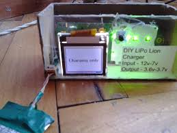 picture of diy lipo li ion battery charger from old cellphone