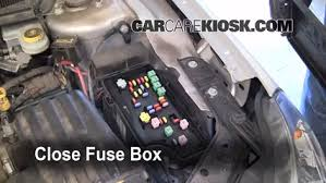 replace a fuse chrysler sebring chrysler sebring 6 replace cover secure the cover and test component