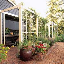 DIY-Exterior Design::How to build a lattice privacy screen on a budget  (tutorial) I Love all Jessica's Projects ! Her Taste & Tutorials are all  Amazing !