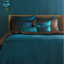 Peacock Blue Bedroom Superb Peacock Bedroom Set 1 Peacock Blue And Brown Bedding