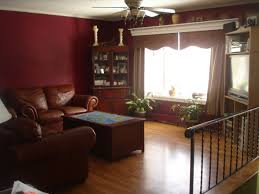 decorating bi level home | ... Bi-Level. Open to dining room