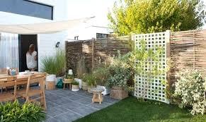 6 Idees Pour Habiller Ou Fascinant Decorer Un Mur Exterieur Idaces 6 Idees  Pour Habiller Ou . Deco Mur Exterieur Jardin Magnifique Habiller ...
