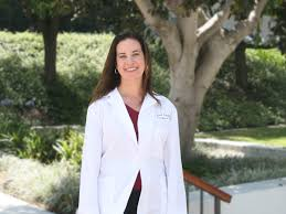 meet larissa v rodr iacute guez md professor of urology keck dr rodriacuteguez is the vice chair of academics at the usc institute of urology of keck medicine of usc and director of usc female pelvic medicine and