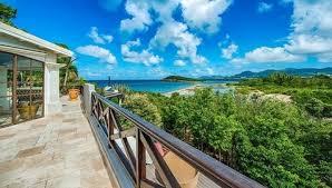vente maison pieds dans l eau terres bes iles des caraibes