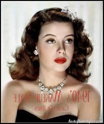 3 1940s hairstyles 252x300 3 1940s hairstyles