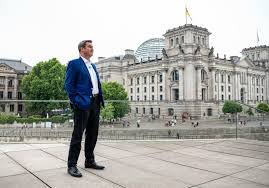 Cabinet söder is the name of any of two cabinets in the german state of bavaria led by markus söder: Kanzlerkandidatur Markus Soder Macht Es Richtig Politik Tagesspiegel