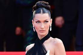 Bella Hadid takes the scarf top trend ...