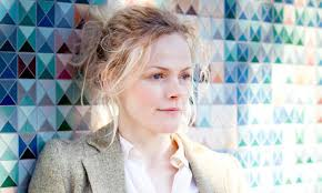 Maxine Peake: 'I'm concerned we'll tip back into the bad old days when only people from a certain class could afford to send their children to drama school. - maxine-peake-010