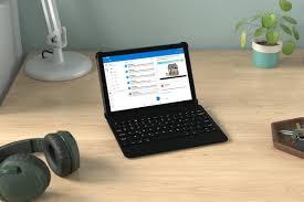 Máy tính bảng Amazon Fire HD 10 mới gói Microsoft 365 và một hộp đựng bàn  phím