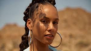 Alicia Keys: 'I felt I was from another planet' - BBC News