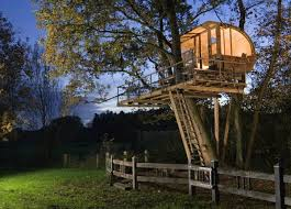 Modern Tree Houses Rotating Cube Storage Tower Tree Houses House And Treehouses