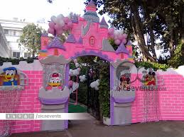 Princess Party Decoration Aicaevents Castle And Princess Theme Decorations