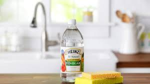 32 reasons you should be cleaning with vinegar