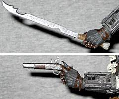 predator arm blade. in one of the more memorable scenes from predator 2, after (spoiler alert!!!!) detective mike harrigan (danny glover) defeats arm blade n