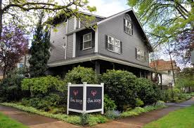Get Pampered at The Oval Door Bed and Breakfast in Eugene, OR ...