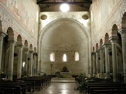 Risultati immagini per Immagini fantastiche ombra delle chiese interno