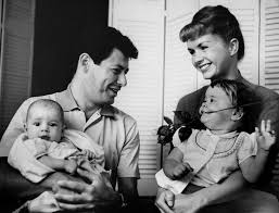 todd fisher children. Simple Fisher Eddie Fisher And Debbie Reynolds With Their Children Carrie Todd Fisher In Children S