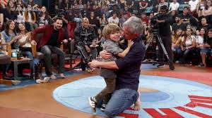 Serginho Groisman diz que filho Thomas é seu maior presente e ele entra no  palco | Altas Horas