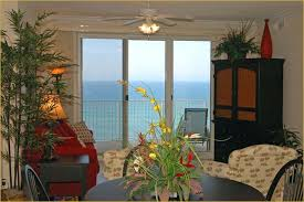 Beautifully Furnished Emerald Isle Condo Includes Cable TV/DVD, A  Comfortable Queen Sleeper In