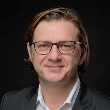 Adam Pytlik - District Manager - C&A Mode GmbH & Co. KG, Düsseldorf   XING