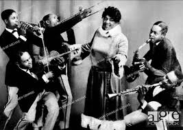 Bubber Miley, Mamie Smith & Coleman Hawkins Mamie Smith And Her Jazzhounds  01 June 1920, Stock Photo, Picture And Rights Managed Image. Pic.  MEV-12049932   agefotostock