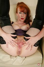 Red milf free clips