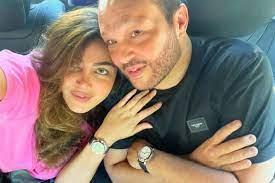 زوج ريهام حجاج يُفَاجِئها باحتفالية خاصة بعيد ميلادها بحضور يسرا وإلهام  شاهين ونيللي كريم