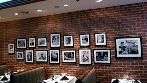 Mickey Mantle's Steakhouse: Nice wall decor in the restaurant