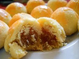 Biaya yang harus dikeluarkan lebih sedikit, dan kue yang dihasilkan bisa lebih banyak. 18 Resep Kue Kering Lebaran Yang Enak Dan Mudah Dibuat Lengkap