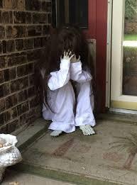 spooky-halloween-decorations-36