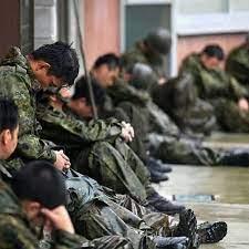 災害派遣の自衛隊の方々は雑魚寝・・・。 : SASゆかりの地 縁起もので行こう~!+名曲
