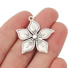 10 x tibetan silver tone flower charms